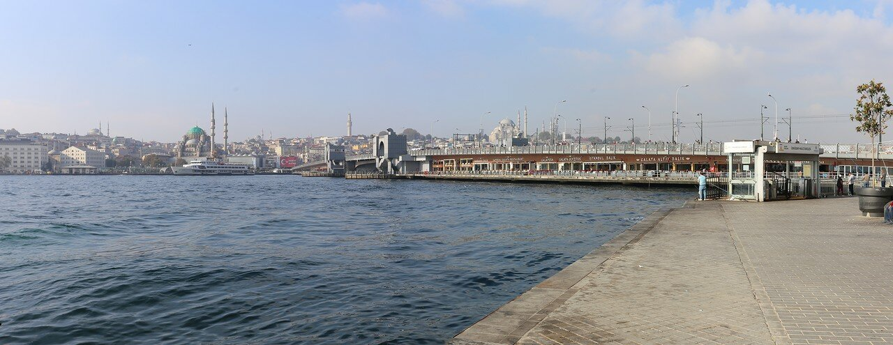 Karaköy. Morning on the waterfront