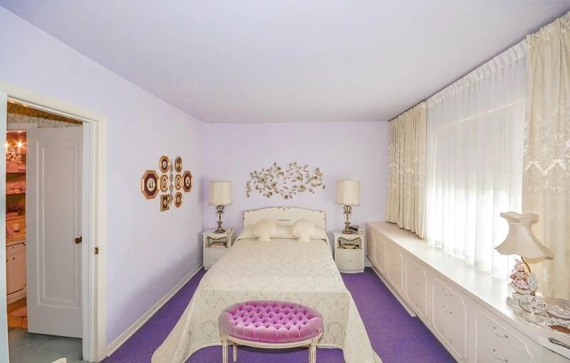 8. Семейная спальня За счет гармоничного сочетания цветов спальня выглядит по-королевски.
