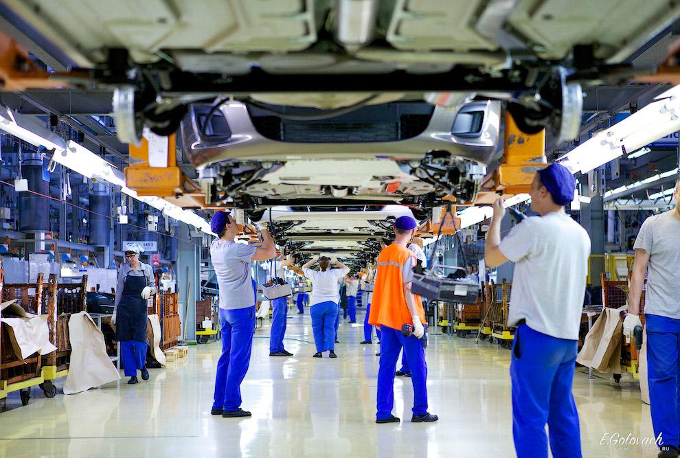 8. Сейчас конвейер АвтоВАЗа каждые сутки выпускает по 817 машин на калиновской платформе, из ко
