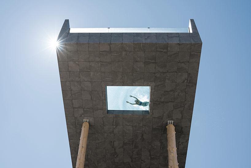 Отель с бассейном на высоте 50 метров в Италии