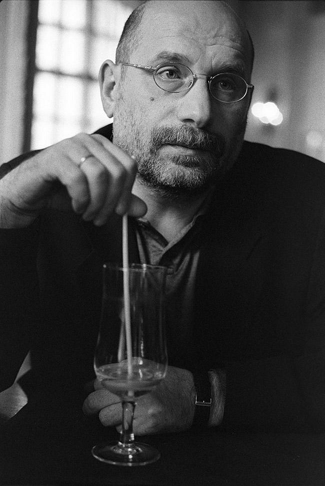 22. Борис Акунин, Москва, 2001 год.