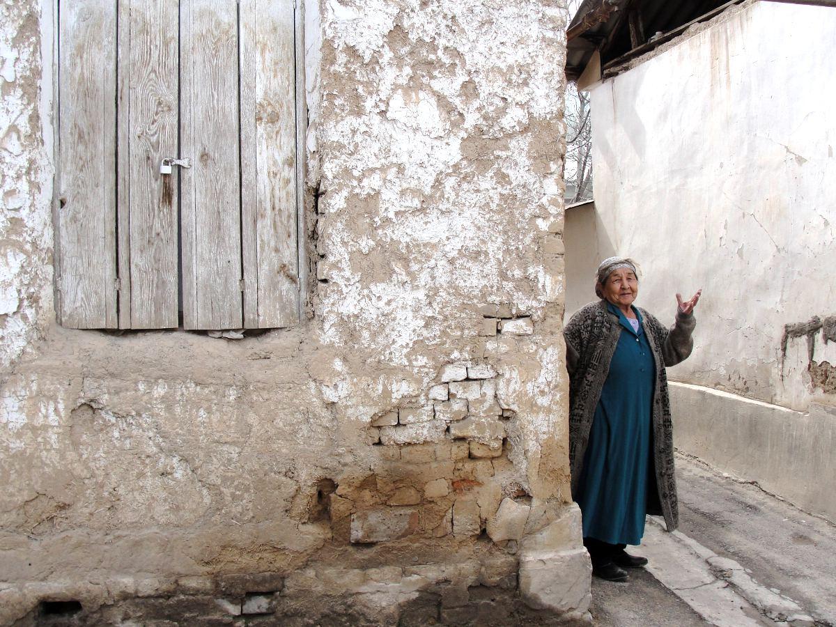 Люди, живущие здесь много лет, очень гордятся, что они именно из старого города, считая себя настоящ