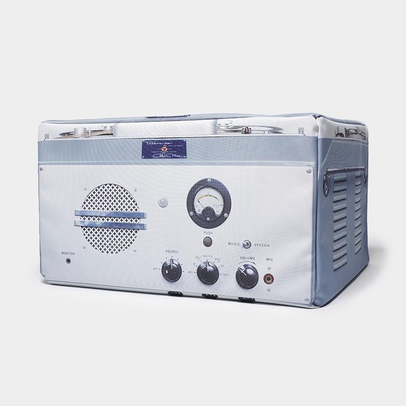 Портмоне в виде старых аудиоустройств Sony