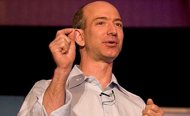 Основатель и руководитель Amazon Джефф Безос стал вторым среди богатейших людей планеты