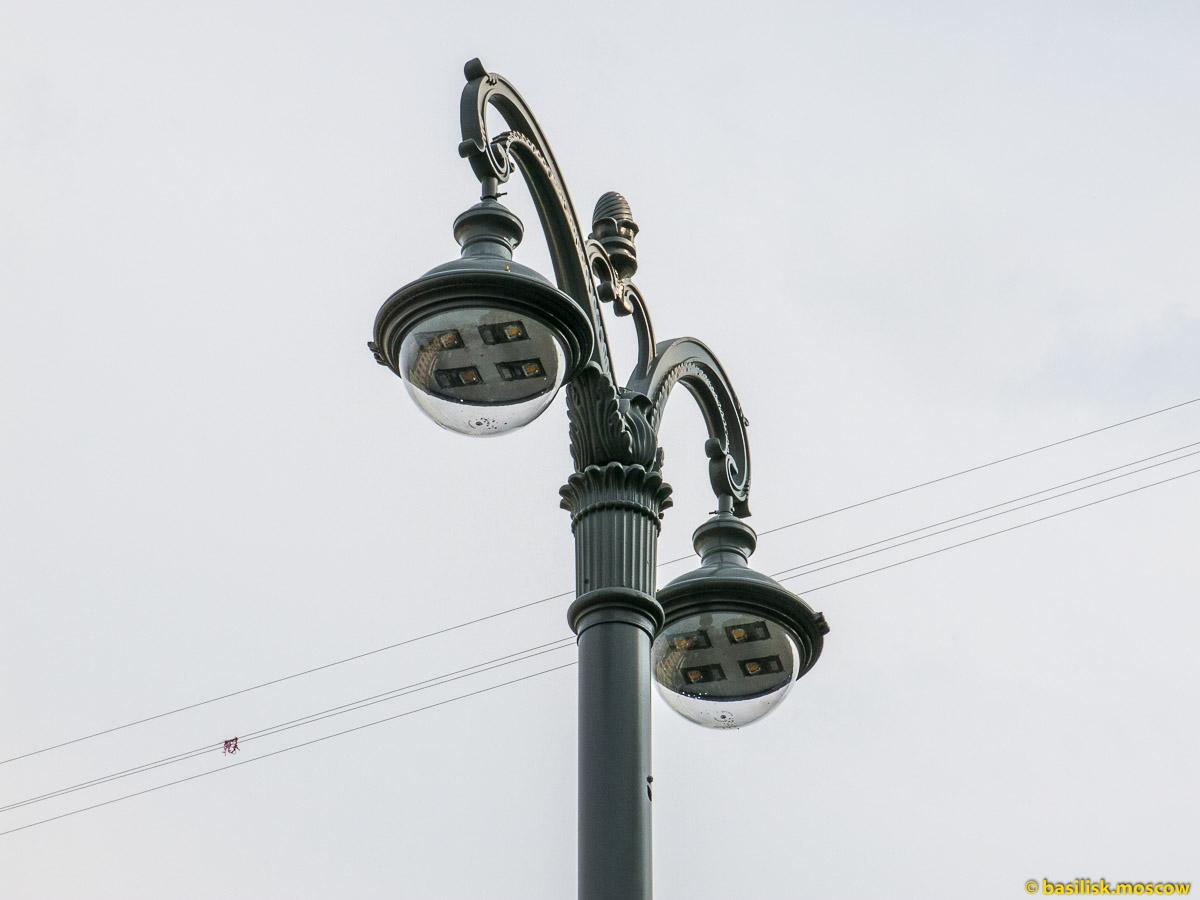 Моховая. Станция метро Боровицкая. Июль 2016