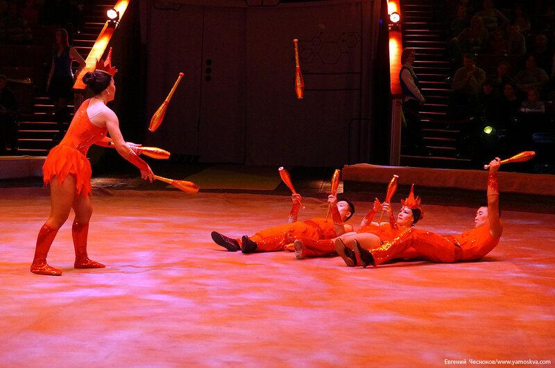 Цирк Бурятии. 10Б. жонгляж Огонь. 01.11.16.02..jpg