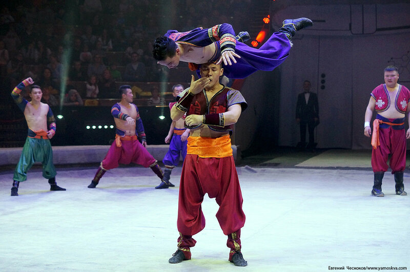 Цирк Бурятии. 13Б. Танец Орла. 01.11.16.03..jpg