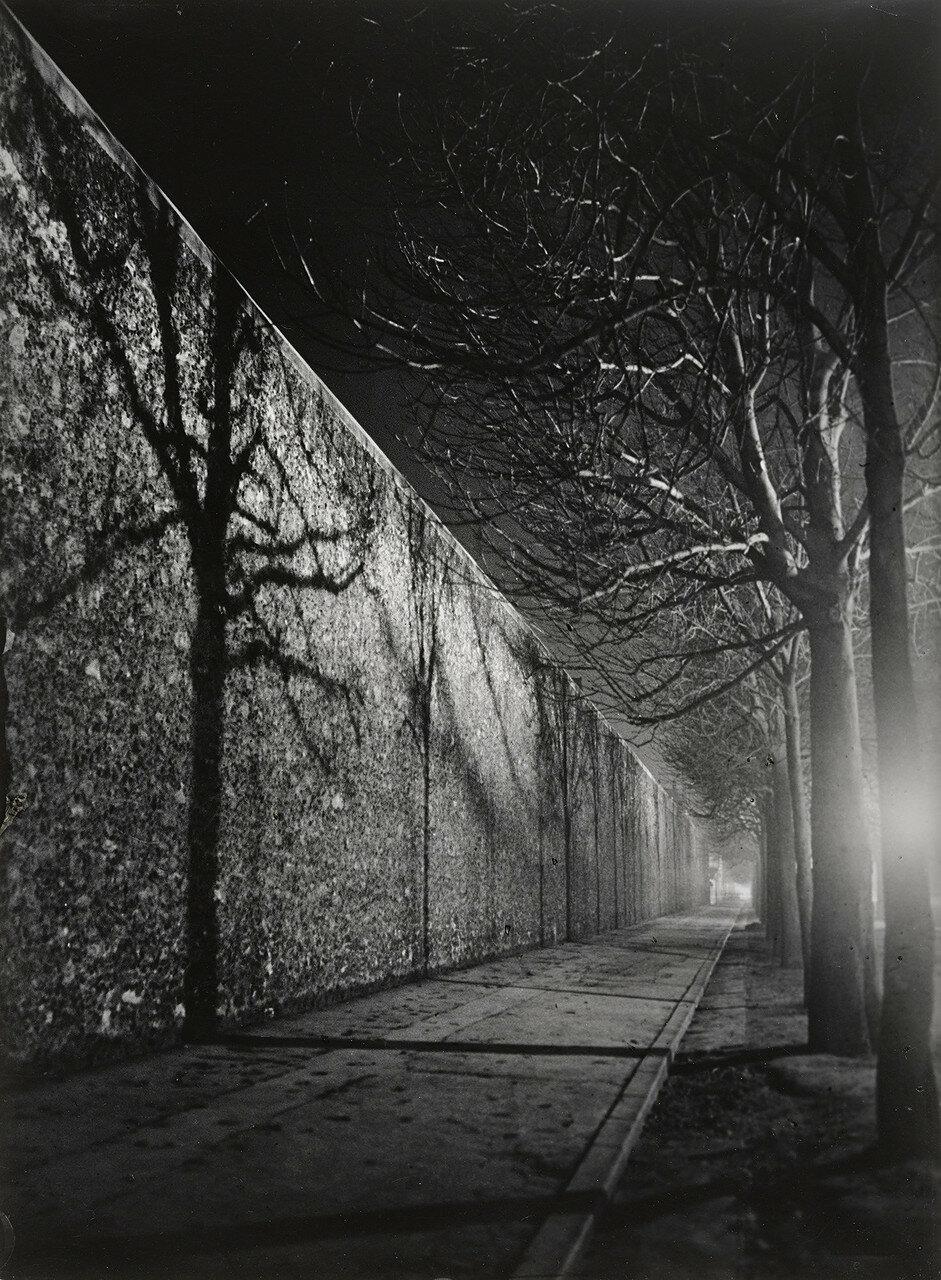 1932. Стены тюрьмы, ле Санье, Париж