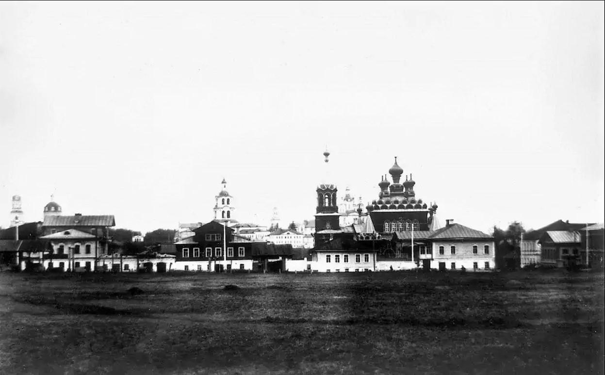 Семеновская площадь, единоверческая Серафимовская церковь
