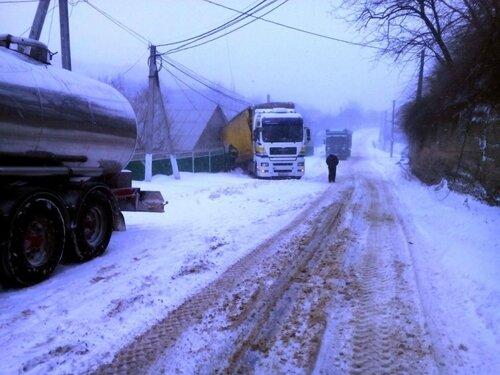 Спасатели в Молдове справляются с непрекращающейся стихией