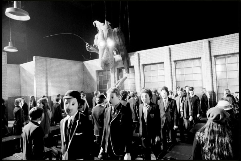 4. Последствия бунта учеников. (TCM Blackall Studios)