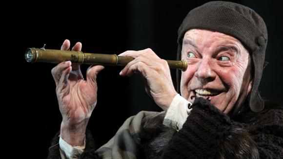 Вячеслава Шалевича увезли на«скорой» после спектакля