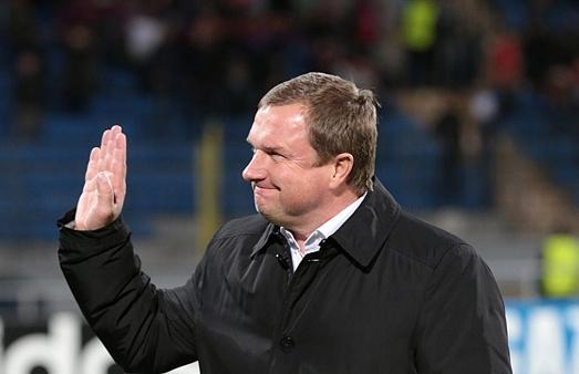 «Анжи» может лишиться основного тренера илидеров команды