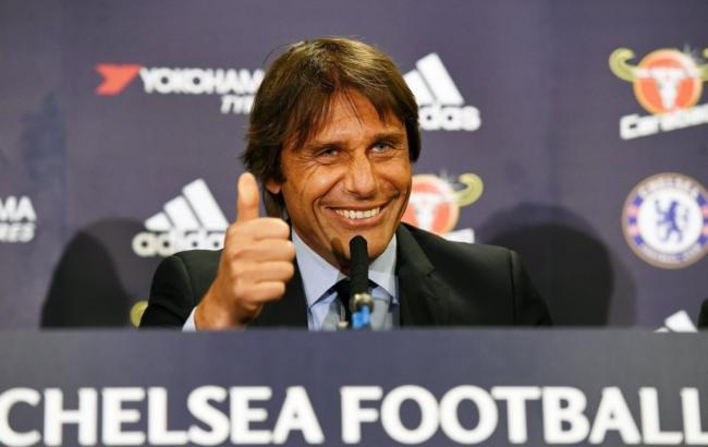 Антонио Конте продолжит тренировать «Челси» вследующем сезоне
