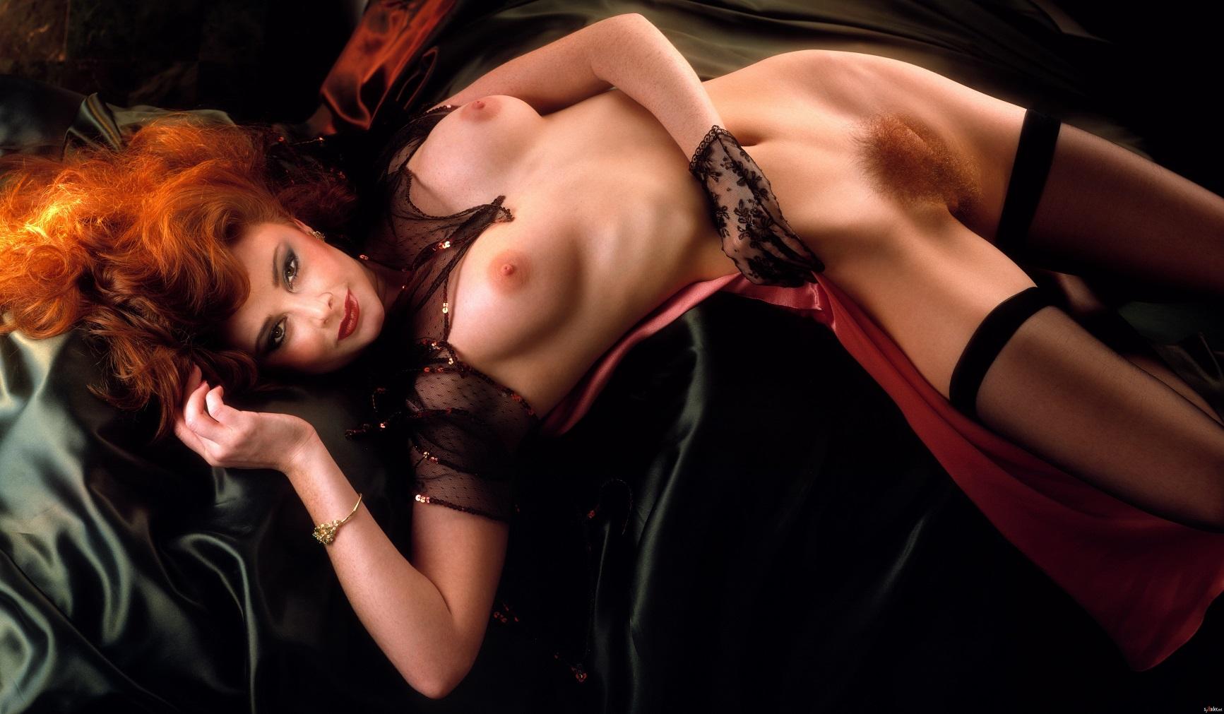 Эротика фото 1998, Ретро порно фото. Голые бабы на старых фотографиях 23 фотография
