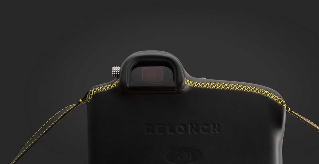 Relonch - Reinventing digital photography with a single button and no screen