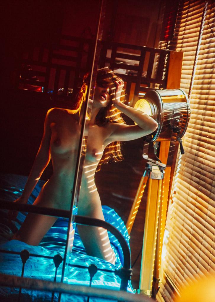 эротичная аура Элии Ка / Eliya Ca by Sacha Rovinski - Aura