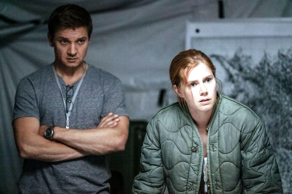 Jeremy Renner as Ian Donnelly and Amy Adams as Louise Banks in ARRIVAL by Paramount Pictures