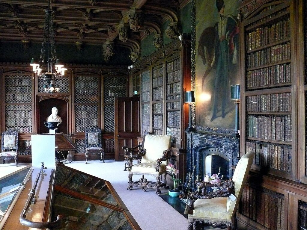 Abbotsford_House_Library.JPG