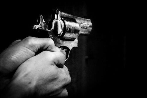Полиция призывает граждан разоружиться по-хорошему