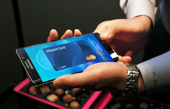 «Сбербанк» анонсировал запуск Самсунг Pay в Российской Федерации