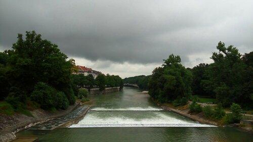 Река Изар.