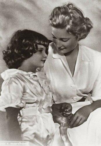 Жозефина Шарлотта и Александр. 1949-50 гг.