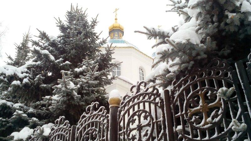 Церковь в ёлочках