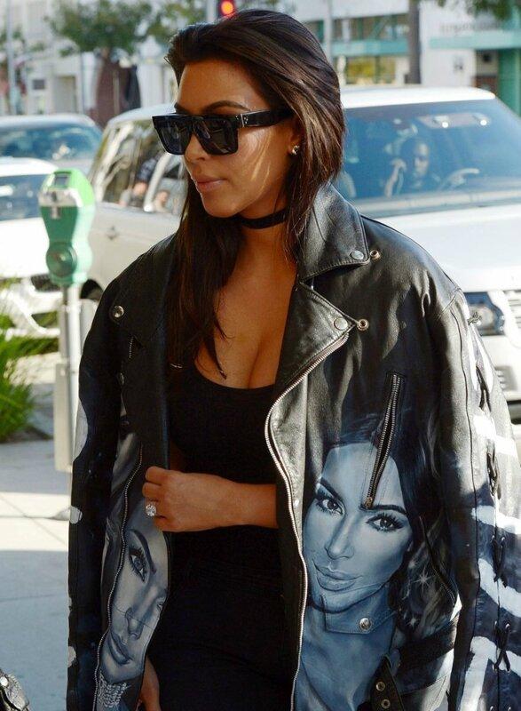 Вне красной дорожки: 5 лучших уличных образов Ким Кардашьян