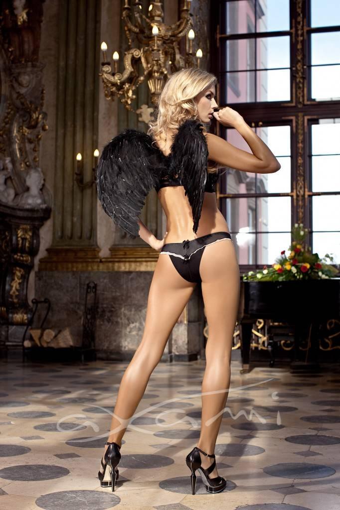 Petra Cubonova Sexy for Axami