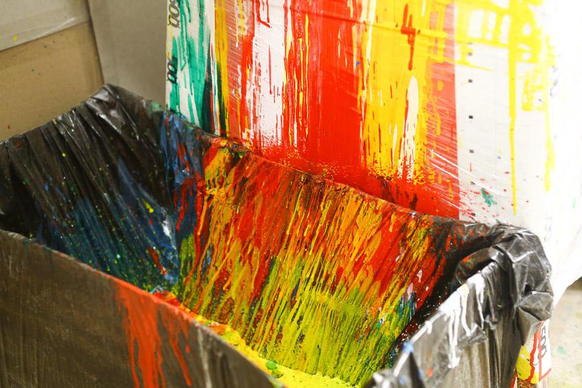 50. Вот такие шедевры рождает наша машина для окраски.