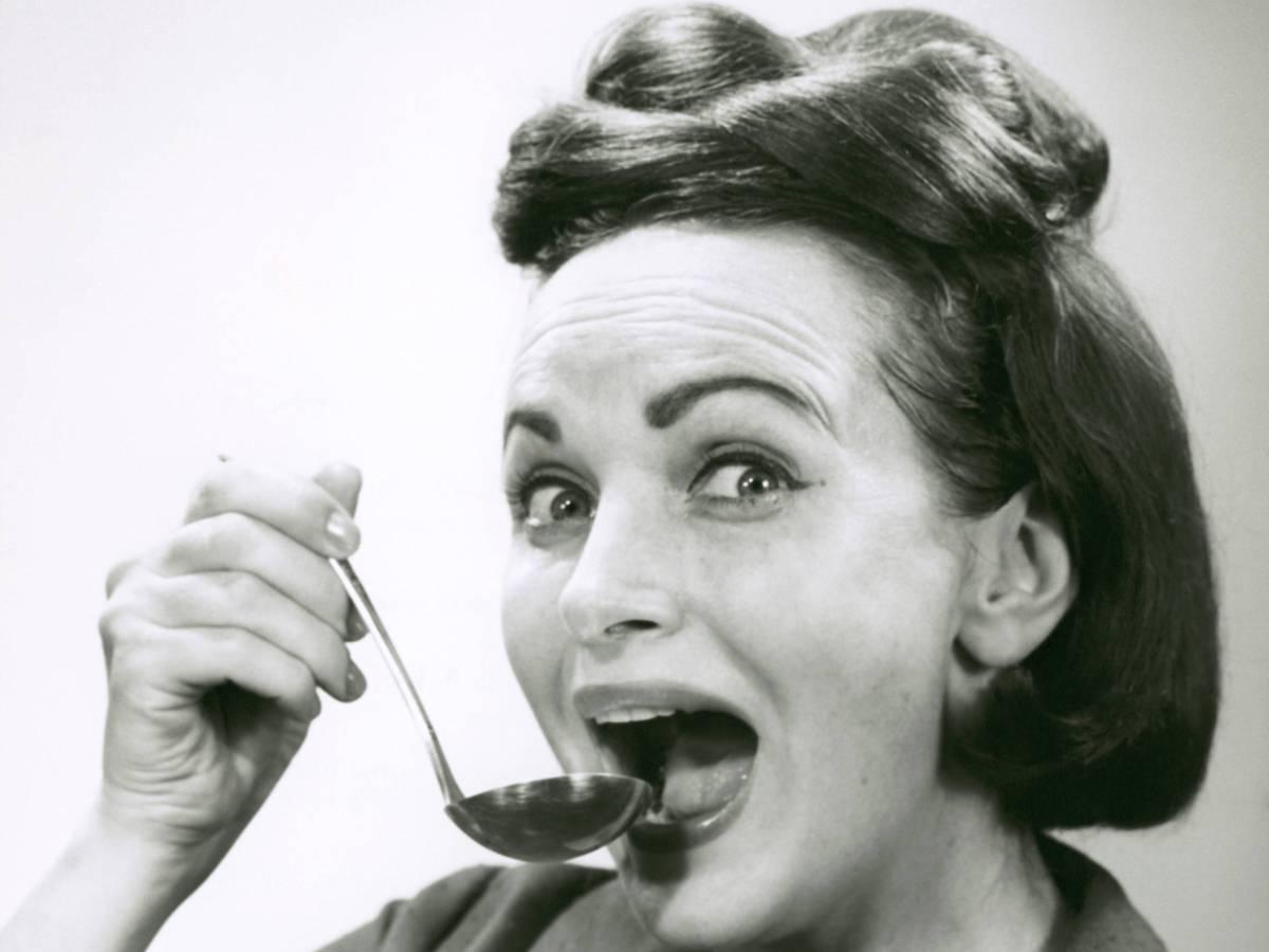 2. Что не стоит есть? Диета беременной женщины строилась вокруг исключения того, что может навредить