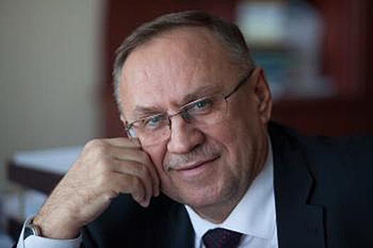 Министра образования Омской области заставили сократить родственницу