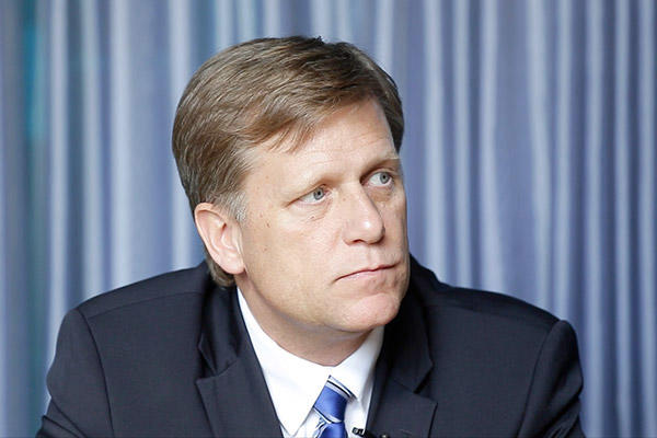 Макфол: Дебаты олетальном оружии для украинской столицы возобновятся при Клинтон