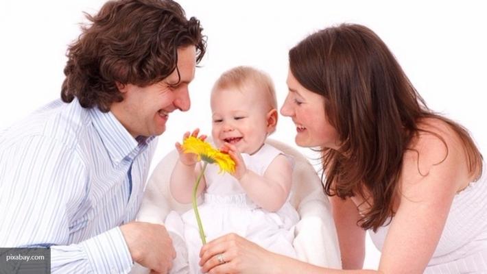 Ученые сообщили, что через 10 лет мужчины смогут рожать детей