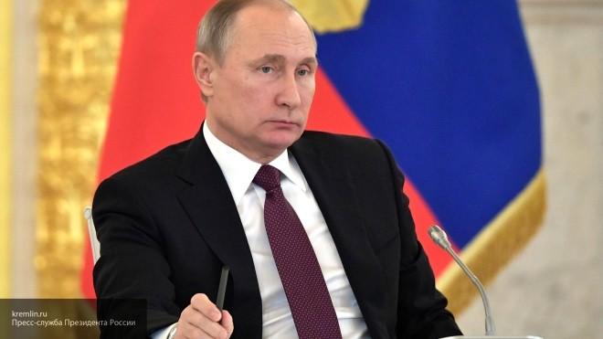 Путин пообещал недопустить «монополизацию интернета» государством