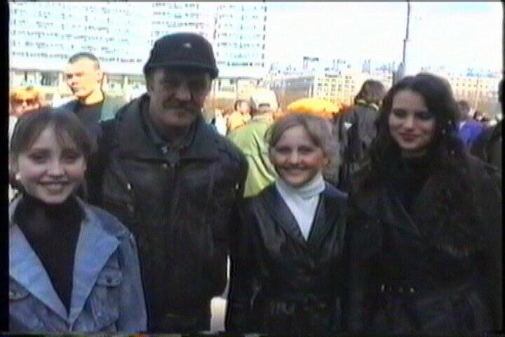 В.Агапкин, Настя Косарева (Басова), Олеся Никульникова, Олия