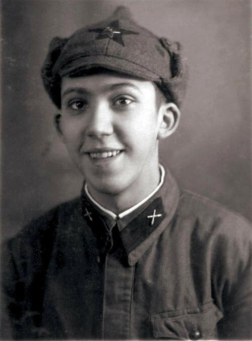 Юрий Никулин, 1938 год