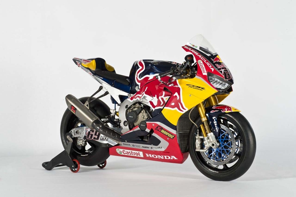 Презентация команды Red Bull Honda: Honda CBR1000RR SP2 2017, Никки Хейден и Штефан Брадль