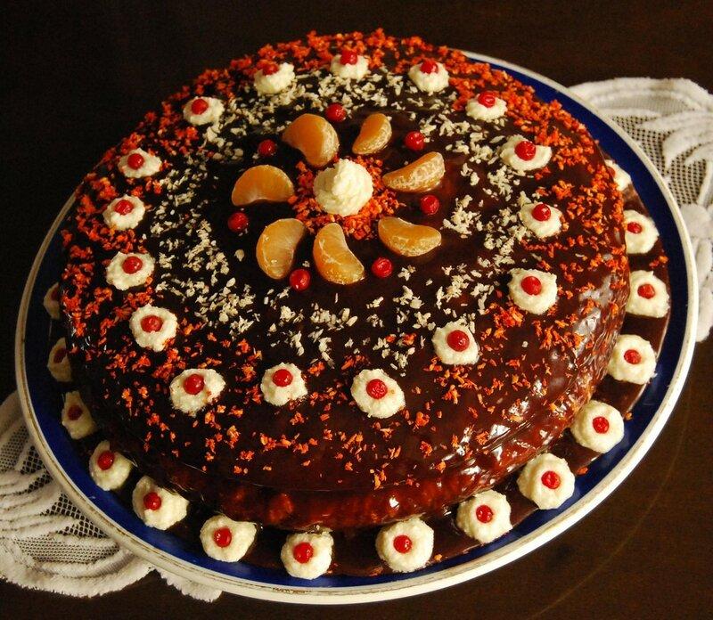 Николай Бродяной. Торт на мой день рождения спекла моя жена. Жаль, что не возможно передать запах и вкус..jpg