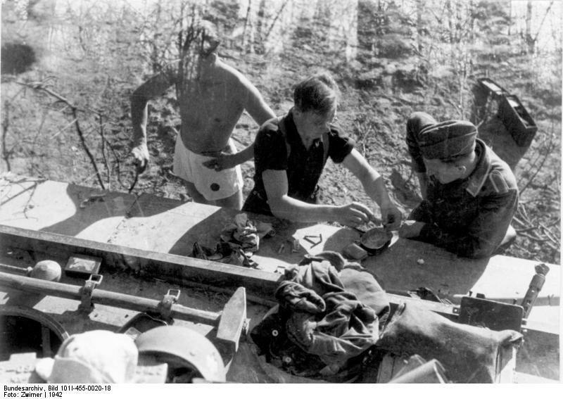Russland, Panzersoldaten, Panzer VI (Tiger I)