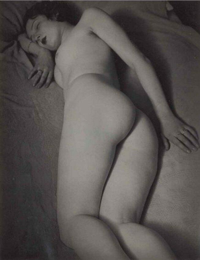 1932. Обнаженная