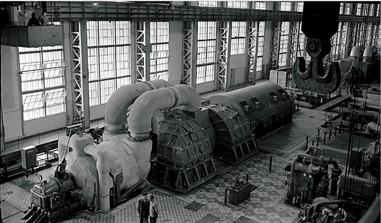 Южноуральск. Южноуральская ГРЭС. Турбины станции (1952)