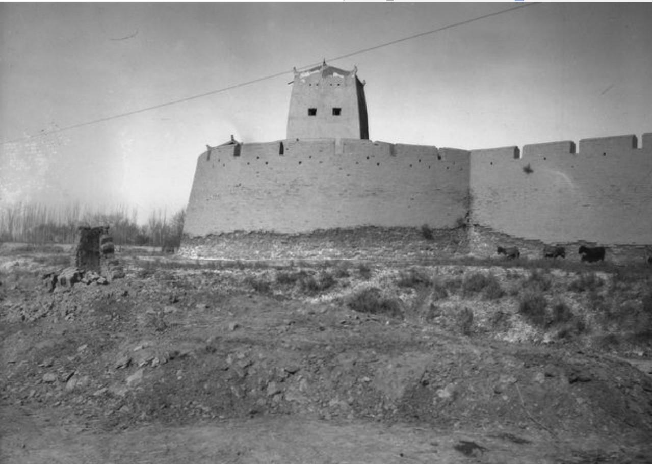 Маралбаши. Юго-западная башня крепости