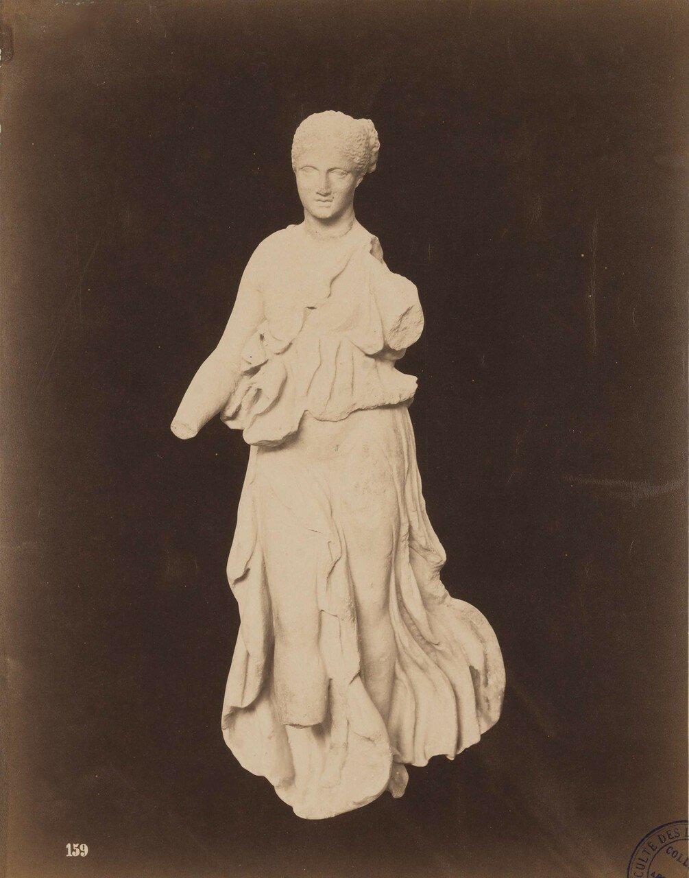 128. Женская статуэтка