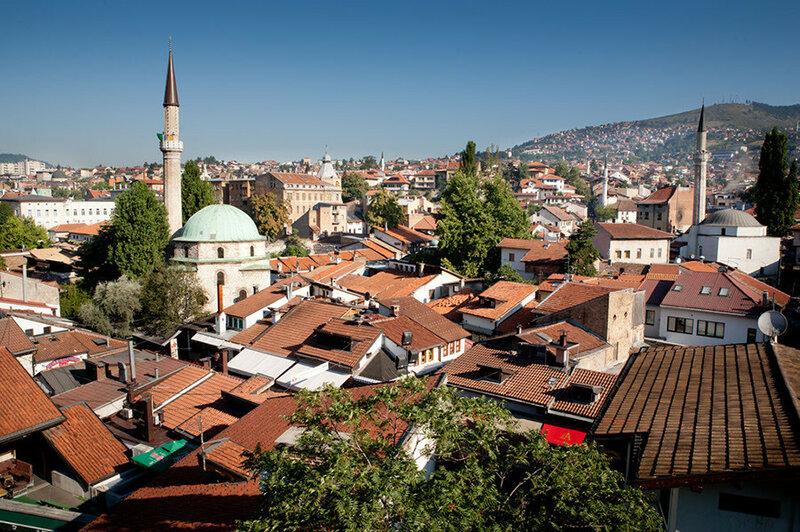 03_bosnia_sarajevo-panorama-old-town.jpg