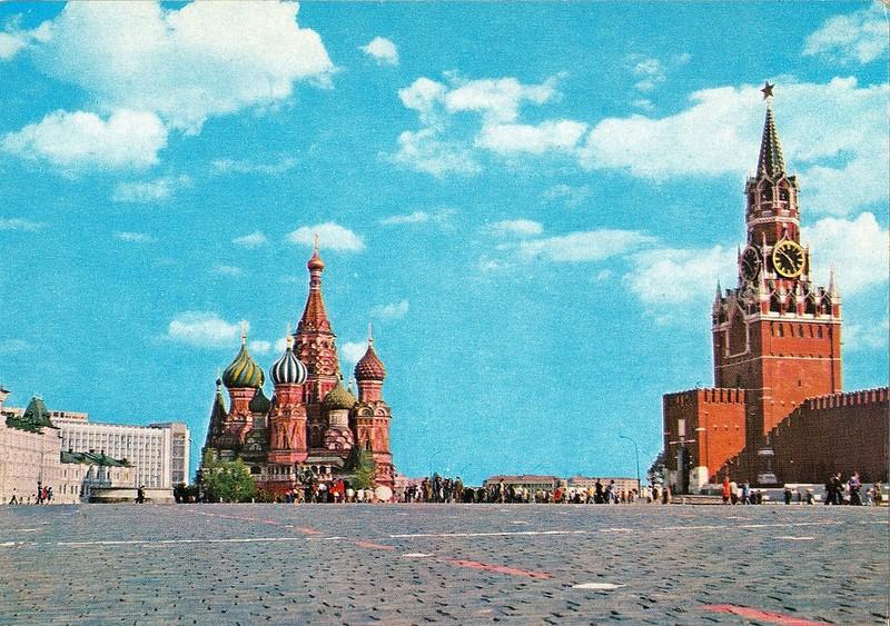 ZAVODFOTO / История городов России в фотографиях: Москва, 1970-е