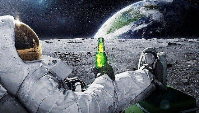 пиво на луне.jpg