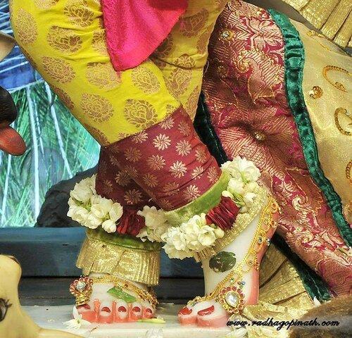 Божество Чоупати, Мумбай, Индия - Шри Гопинатха