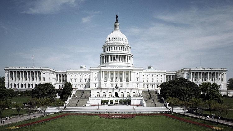 Конгрессмены посоветовали запретить Украине тратить американские деньги на«Азов»